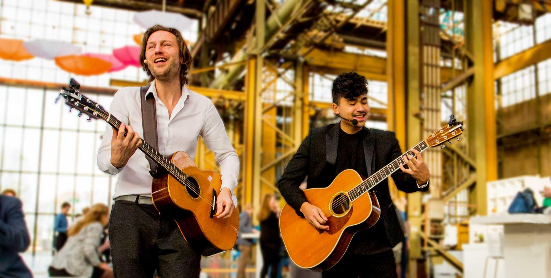 Gitaarduo The Acoustics mobiel versterkt optreden